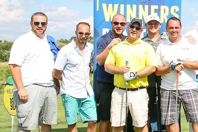Group of golfers at ALSF event