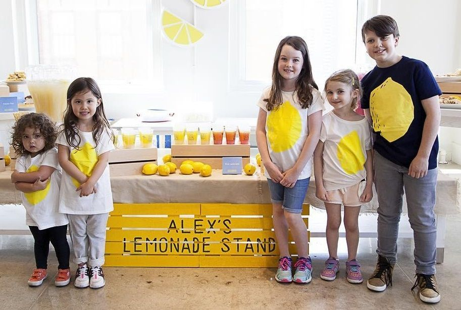 gap t-shirts benefiting alex's lemonade stand foundation