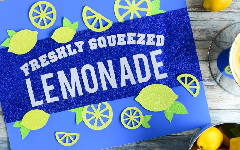 Get creative with lemonade stand signs for your neighborhood!