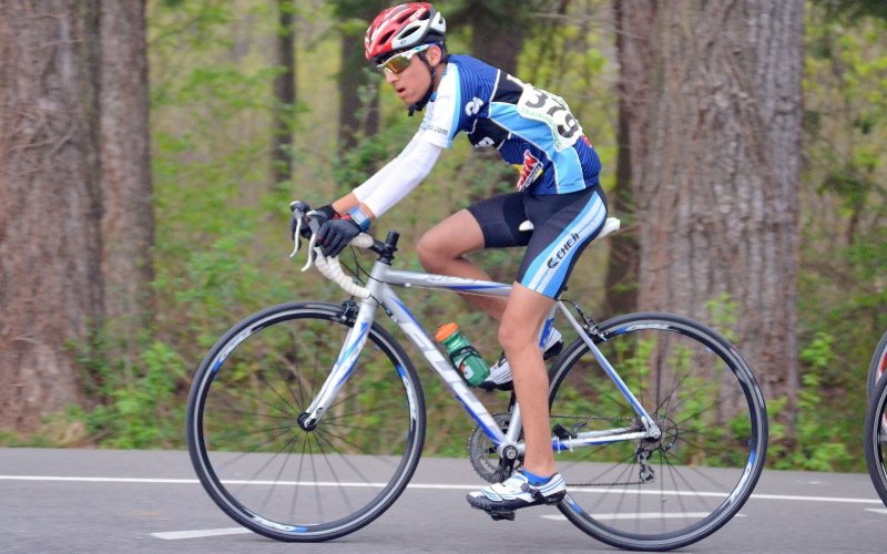 Osteosarcoma claimed the leg of this young cyclist. Read about his story.