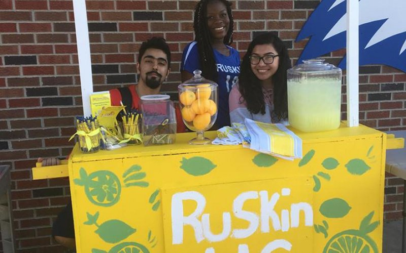 The Lemon Club at Ruskin High School in Kansas City, MO gave their DIY lemonade stand a personal flair with hand painted lemons.