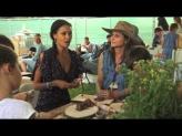 Thandie Newton and Edible Garden's Founder Lauri Kranz Support Alex's Lemonade Stand Foundation